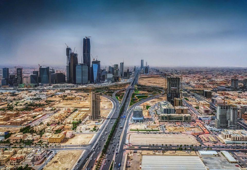 Economists 'cautious' on positive Saudi outlook