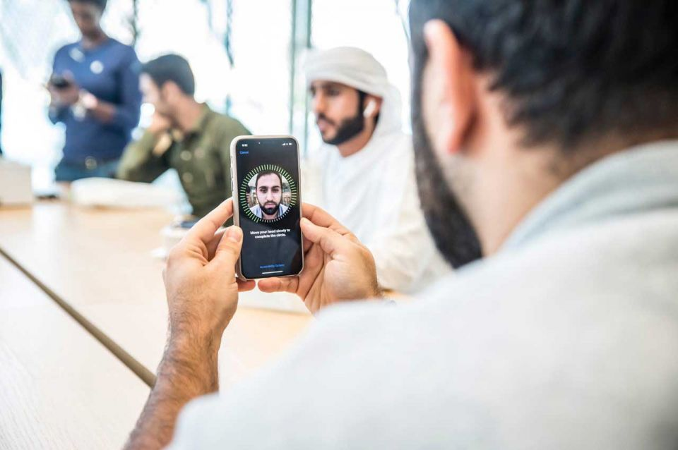 Dubai among cheapest to buy iPhone X, but most expensive to surf the net