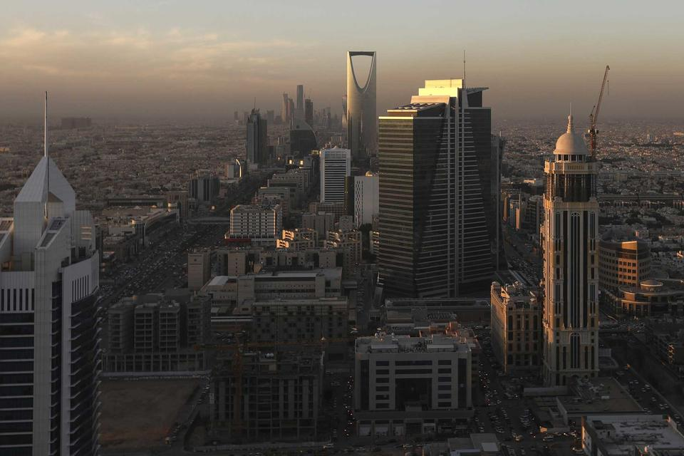 Saudi short-term economic prospects 'do not look brilliant'