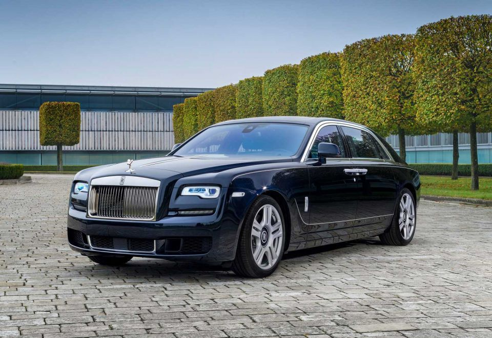 Rolls-Royce to unveil one-off Ghost model at Dubai Motor Show