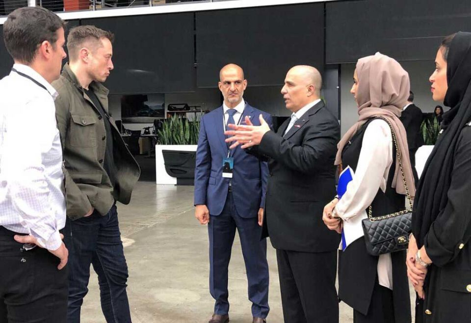 RTA chief discusses Dubai's electric vehicle plan with Elon Musk