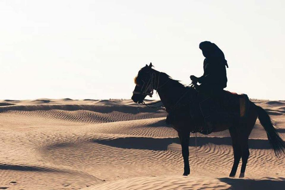 Sand in the city: how to spend your weekend in the desert