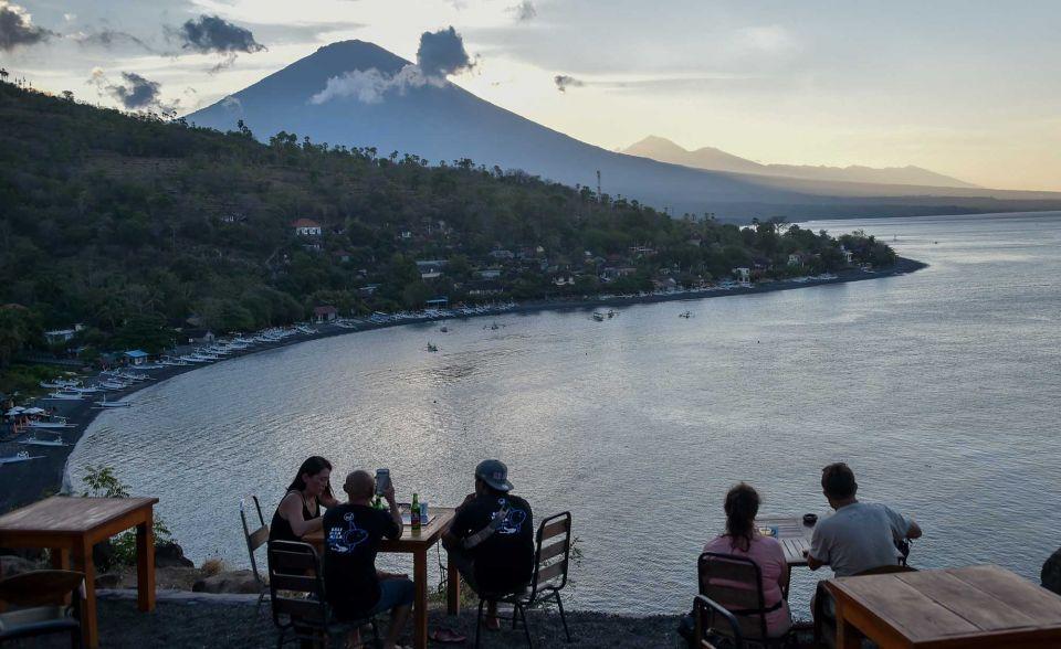 Emirates suspends flights to Bali following volcanic eruption