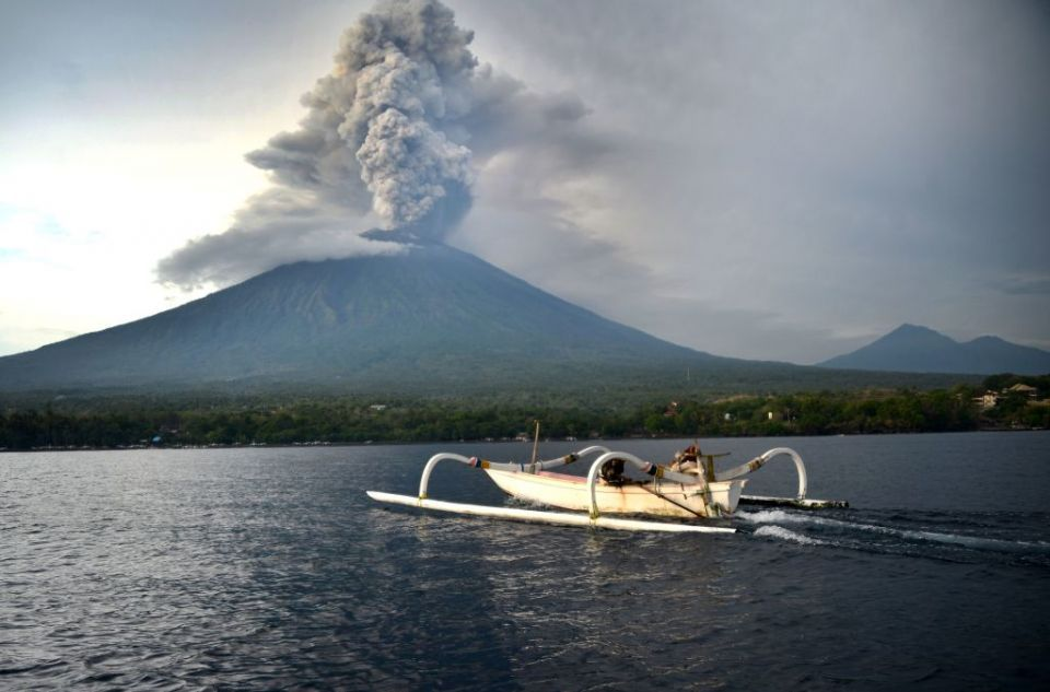 Bali Airport shut a second day as ash cloud soars from volcano