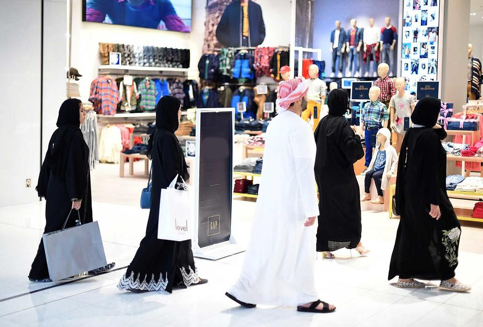 Dubai knocks London off top of global retail list