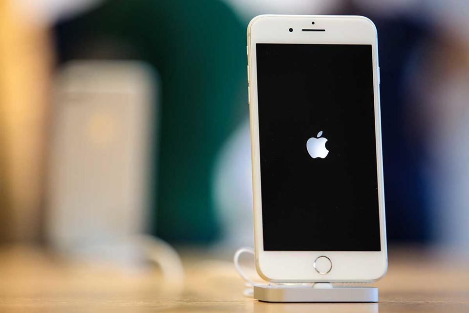 Apple suppliers see demand for new iPhones stabilising this year