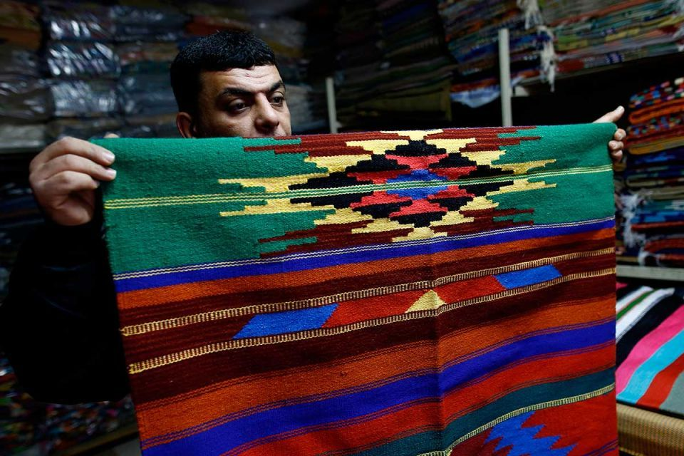 In pictures: Gaza's handmade carpet industry