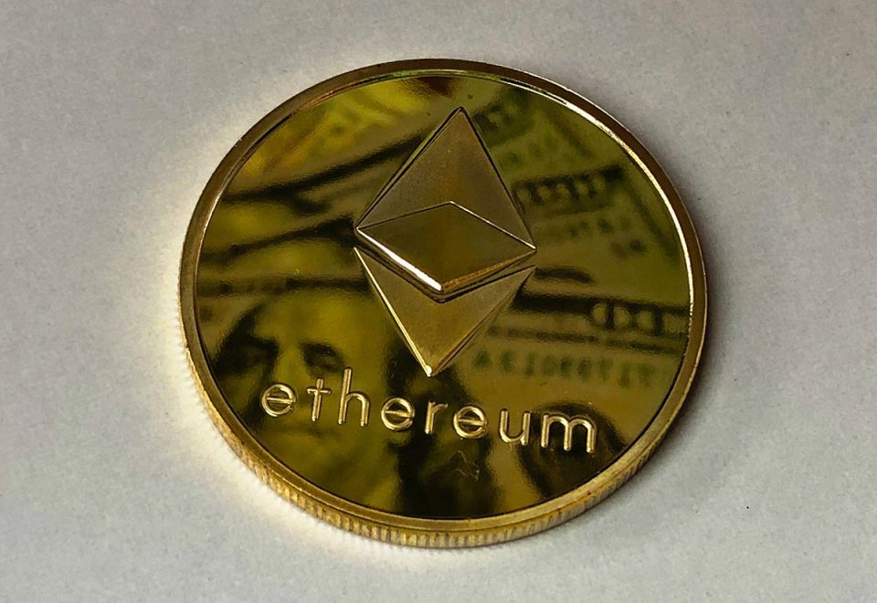 Ethereum surges on Weiss Ratings