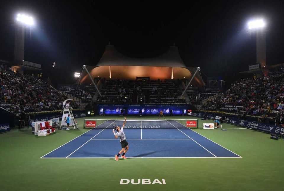 Federer takes century quest 'home' to Dubai