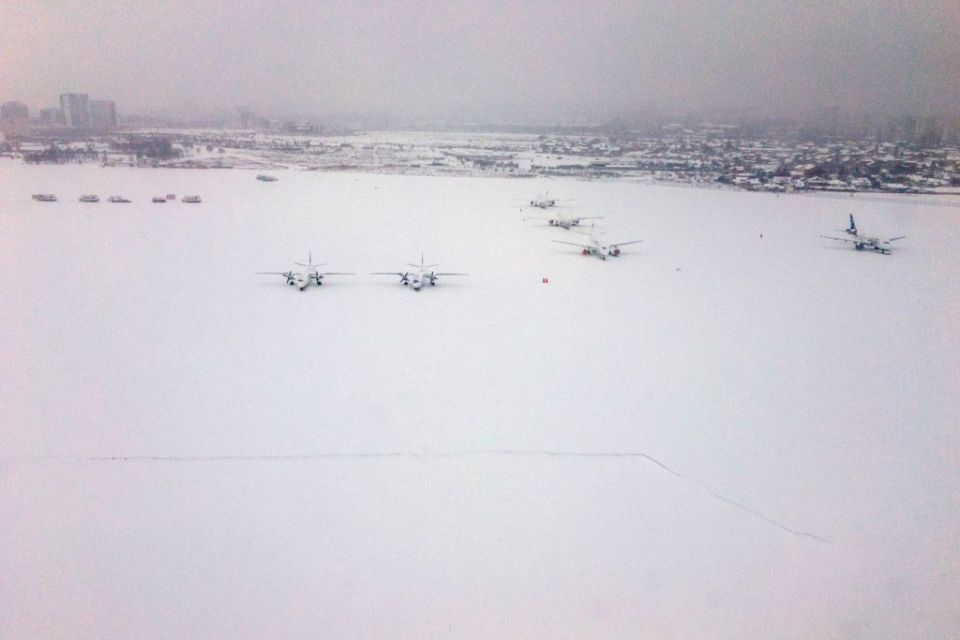 Emirates' snow-affected passengers offered change of date