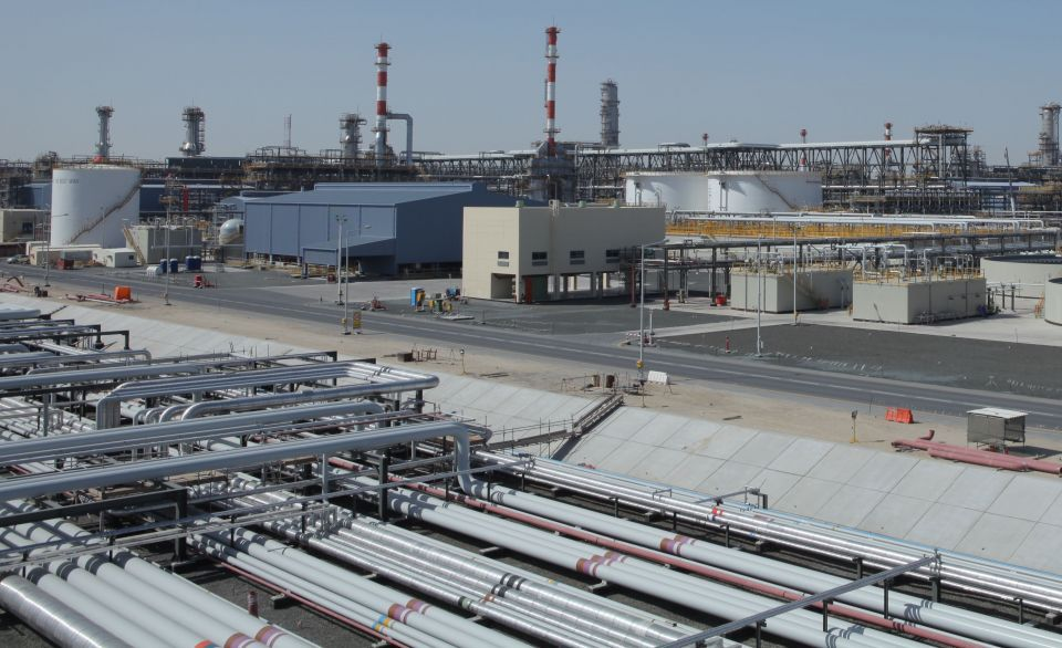 ADNOC awards $3.5bn deals to boost oil refinery output