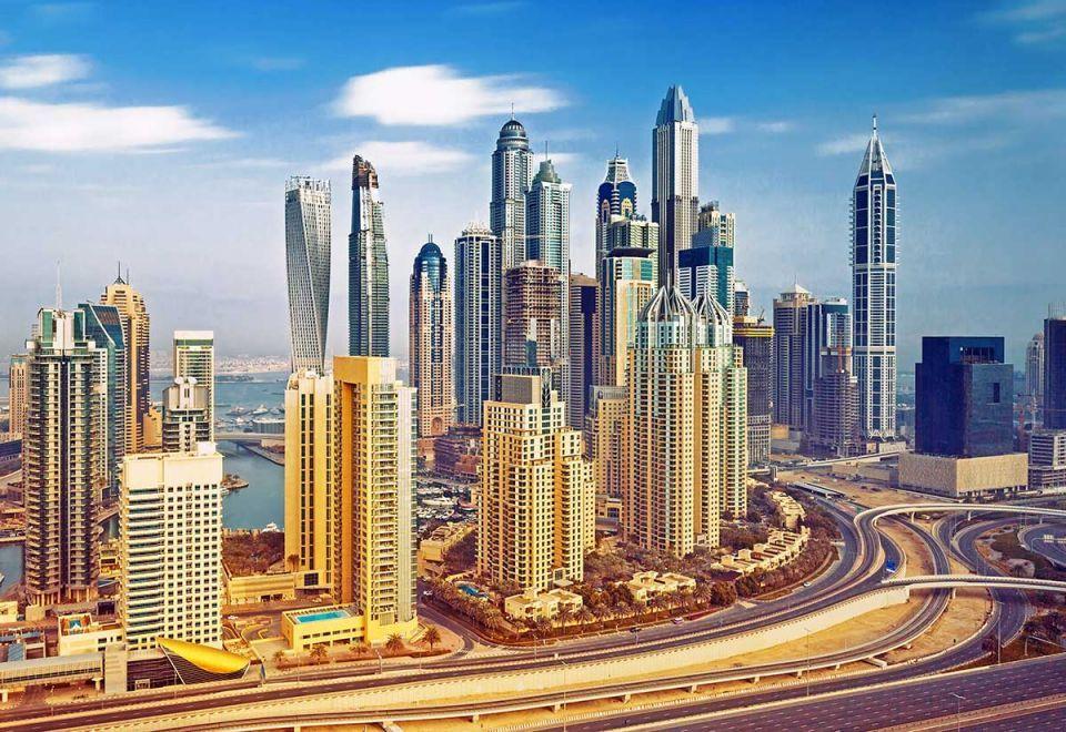 Average Dubai apartment price falls to $330,000