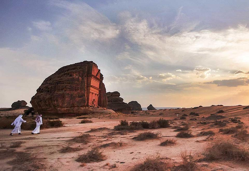 UK, Chinese visitors top list as 50,000 venture to Saudi Arabia on holiday