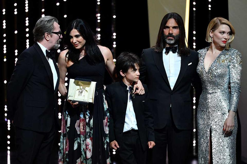 Historic Lebanese Cannes winner dedicates prize to poor kids
