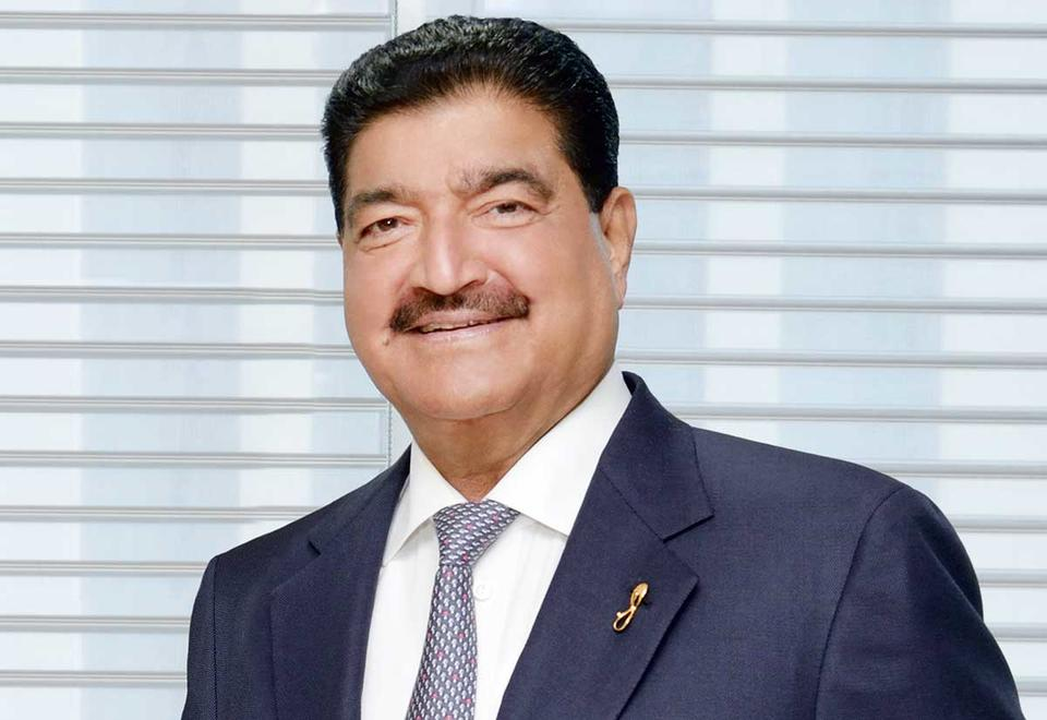Br Shetty S Finablr Said To Weigh Options After Nmc Health Pain