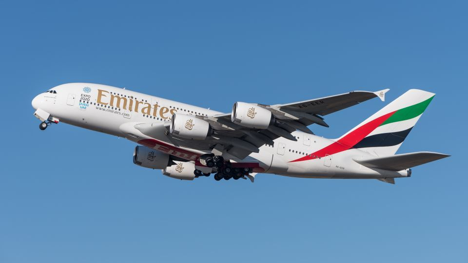 Emirates adds two dozen Umrah flights
