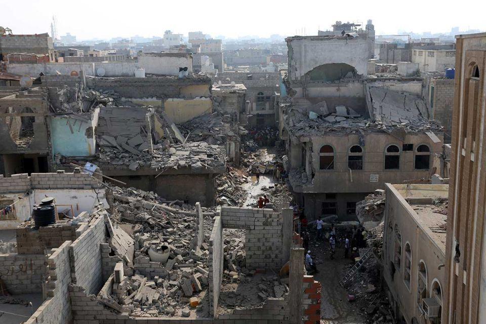 Saudi Arabia dispatches first relief planes to Yemen