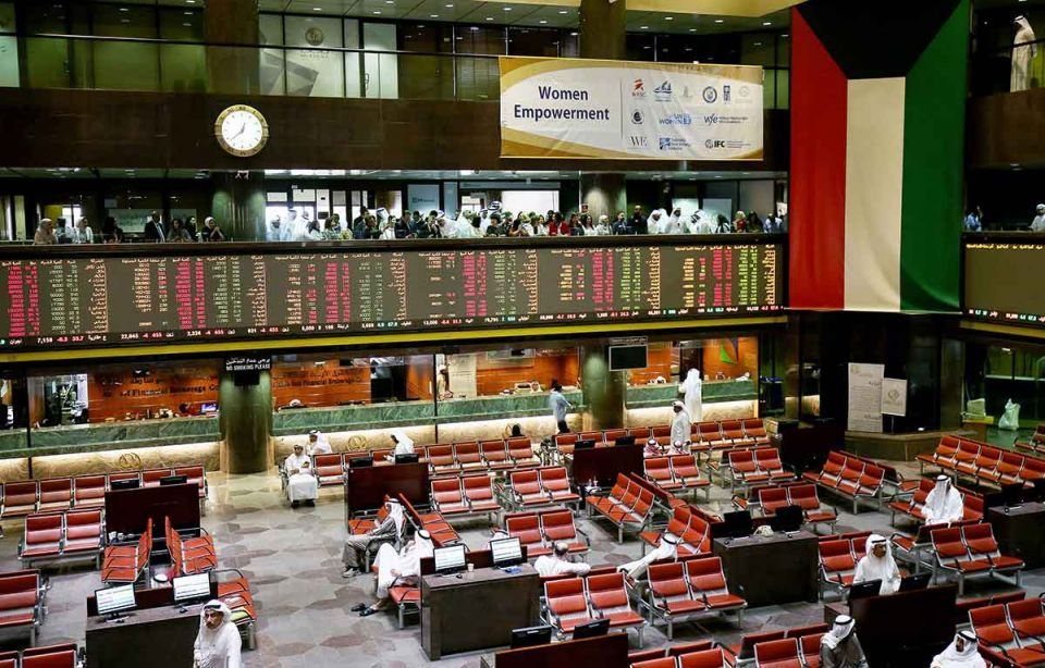 Most Middle East stocks fall with trade tension spreading