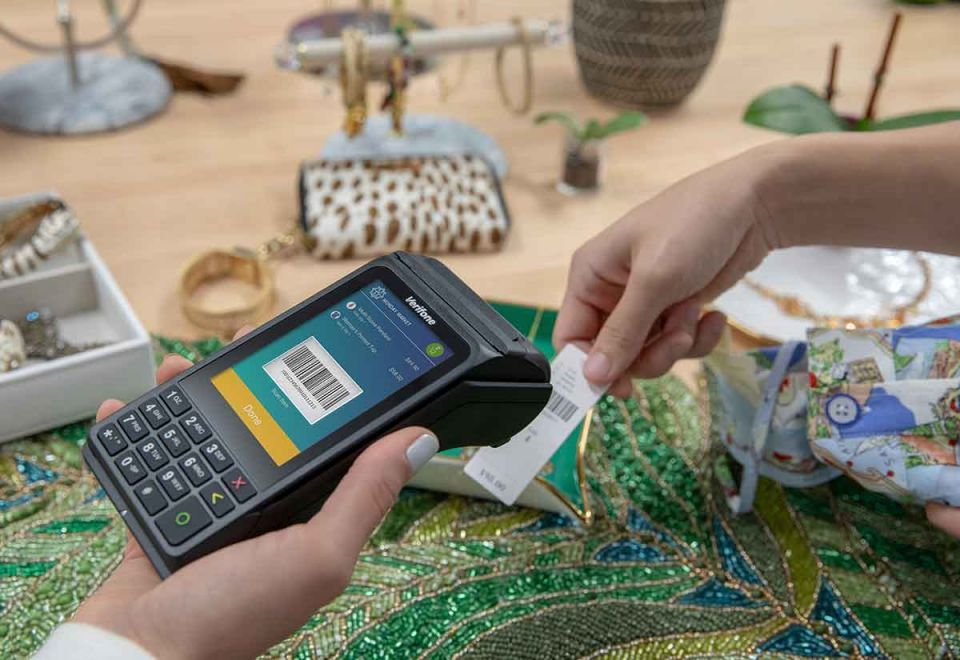 Verifone take POS to new levels with V240m mobile payments device