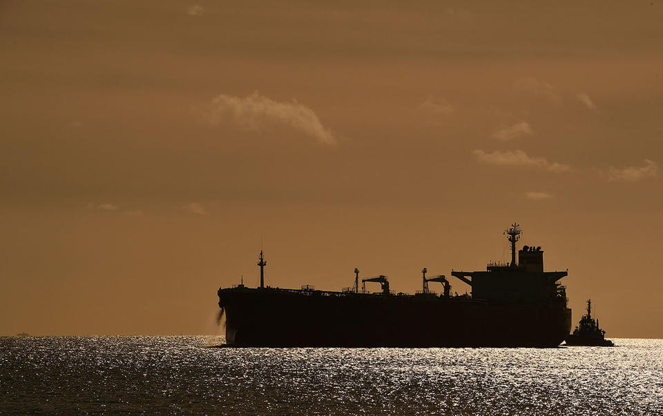 Massive slump in Iranian oil exports, despite 'disappearing tanker' phenomenon
