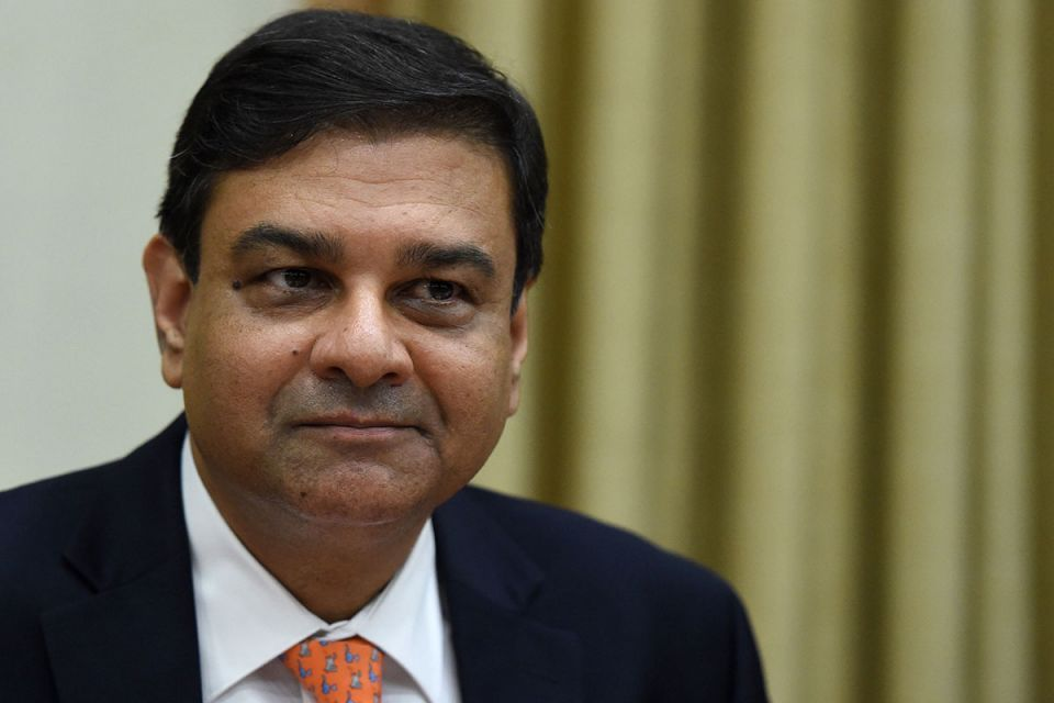 India central bank chief quits amid tussle with government
