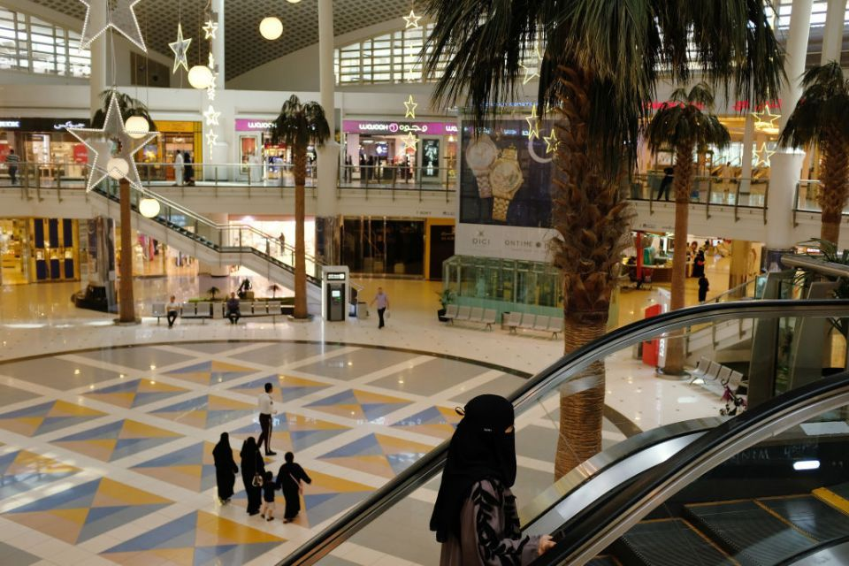 Saudisation plan tests the kingdom's retail industry