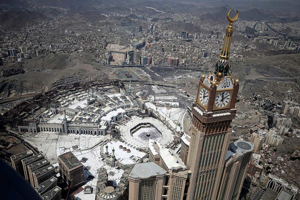 Room With A View Makkah Hotels Offer Vip Hajj Experience Arabianbusiness