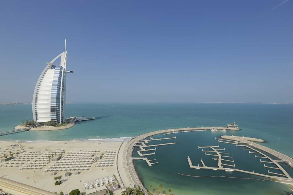Dubai room rates cut in October as hoteliers seek market share