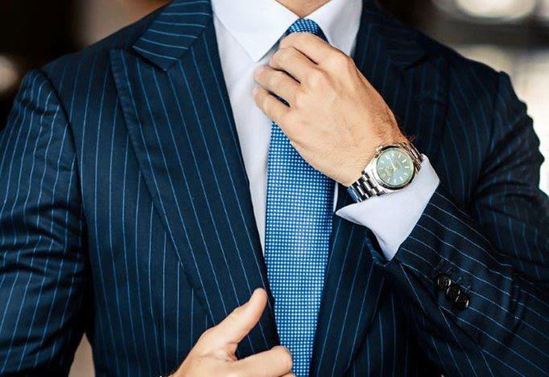 How to dress to impress in a business meeting