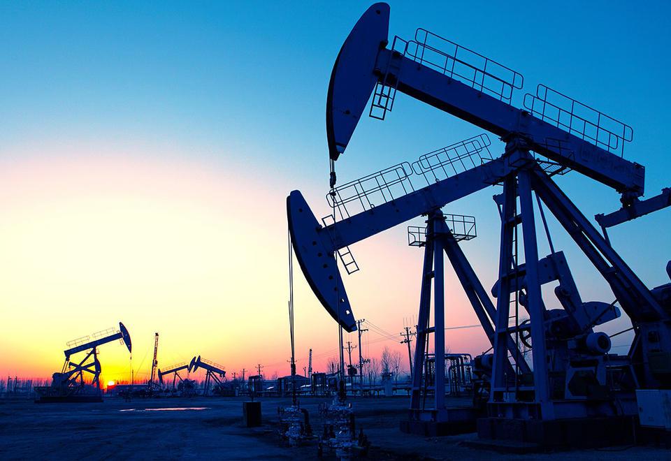 Oil declines as Saudi Arabia restores capacity ahead of schedule