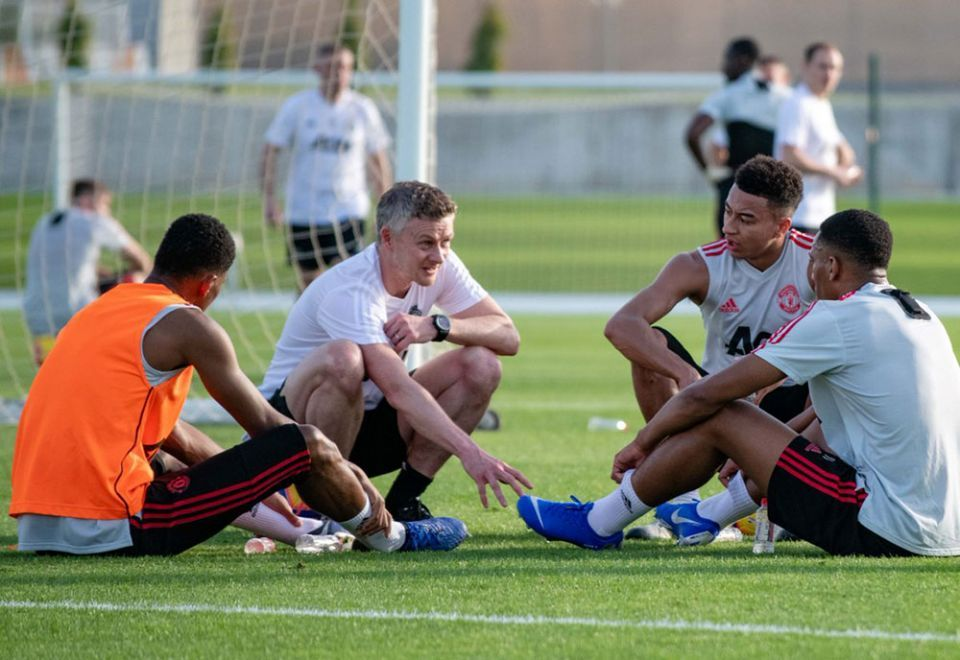 Saudi Arabia says no interest in buying Manchester United