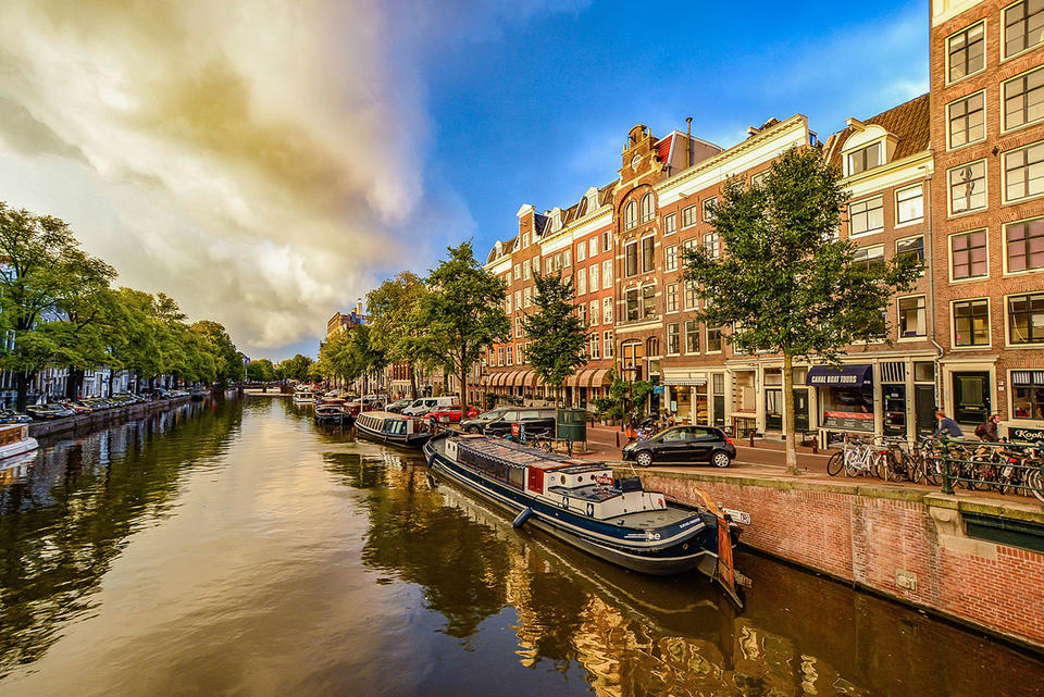 Gulf investors to turn focus on Amsterdam amid European uncertainty
