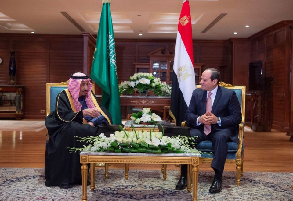 Saudi king arrives in Egypt for first-ever EU-Arab summit