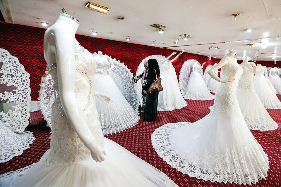 Coronavirus: Dubai puts temporary stop on weddings and divorces