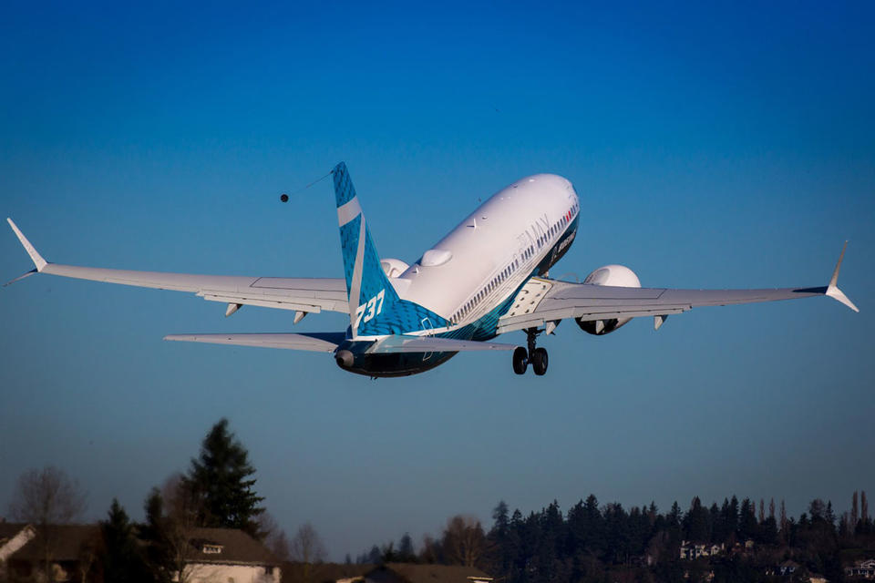 Boeing's embattled MAX gets vote of confidence from IAG with 200 jet order