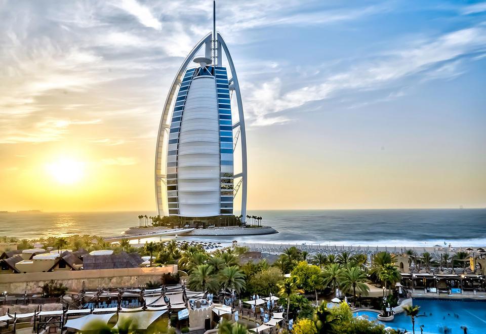 Dubai Tourism launches UK charm offensive