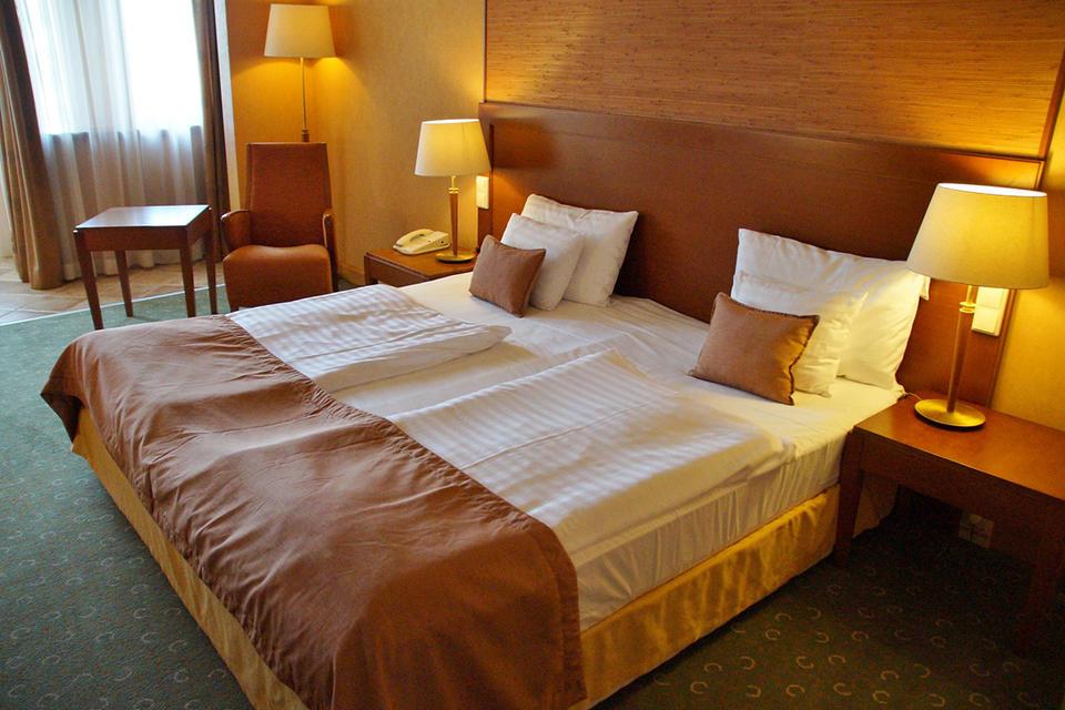 Coronavirus: Dubai's hotel occupancy levels drop by almost 30% amid Covid-19 impact