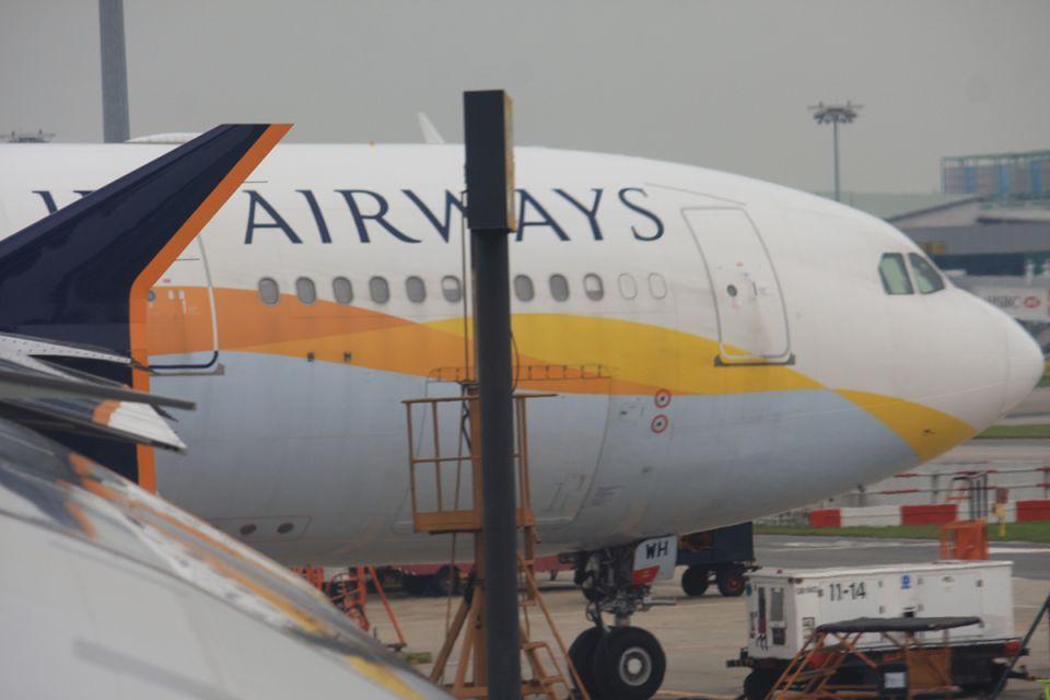 Jet Airways pilots threaten strike amid more flight cancellations