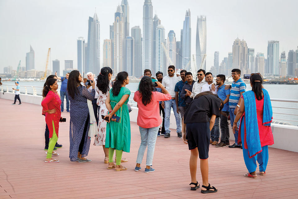 UAE says to scrap tourist visa fees for under 18s