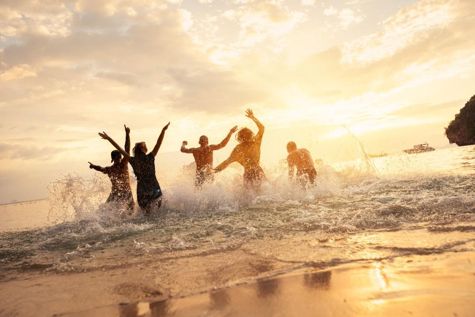 Dubai attracts record 16.7m tourists in 2019, up 5.1%