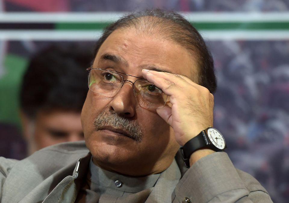 Pakistan ex-president Zardari arrested over graft charges