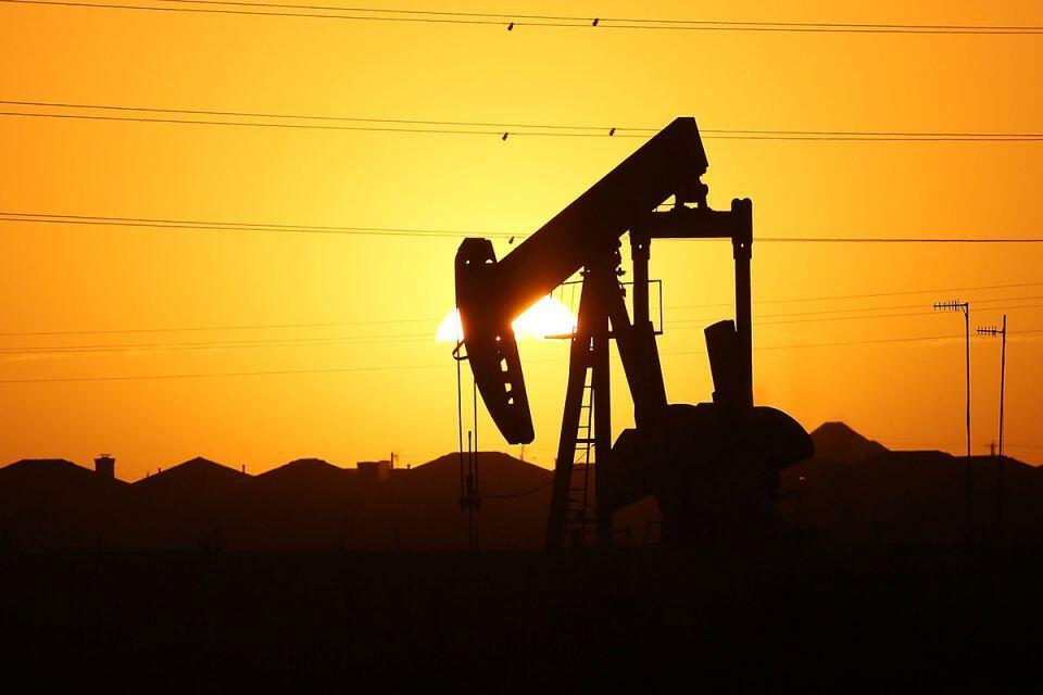 Oil prices surge back ground after crash