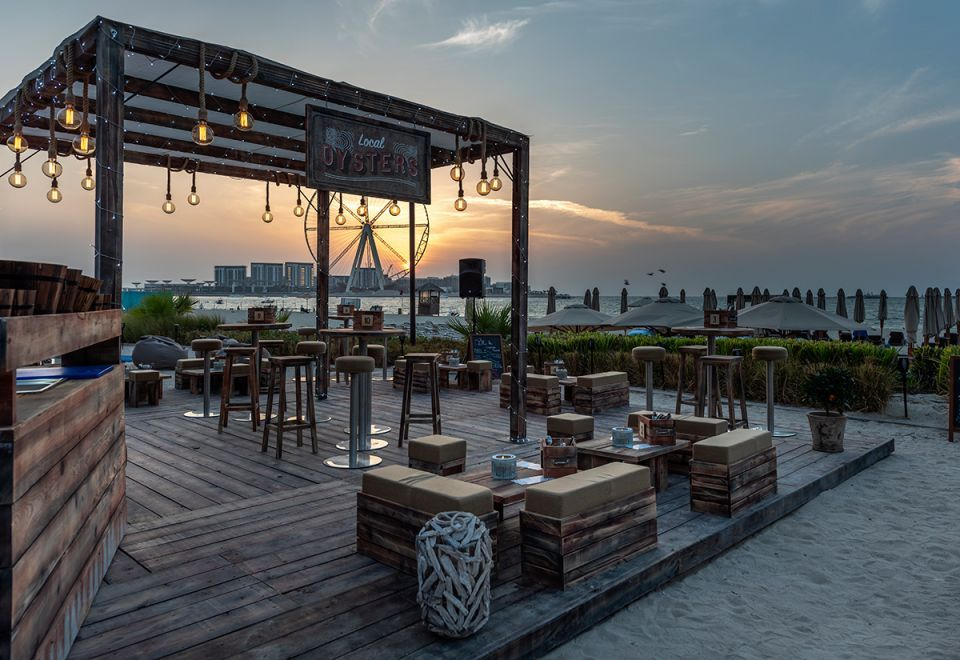 Dinner with a view at Palm Grill, the Ritz-Carlton Dubai