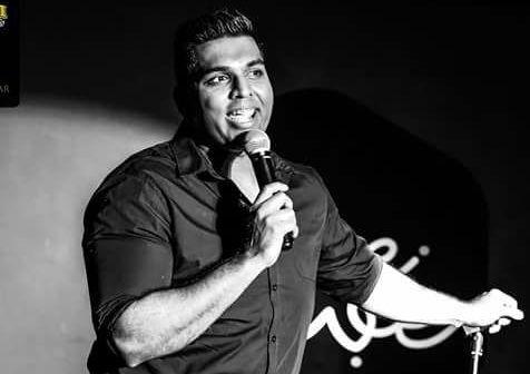 Dubai comedian Manjunath Naidu dies on stage during performance