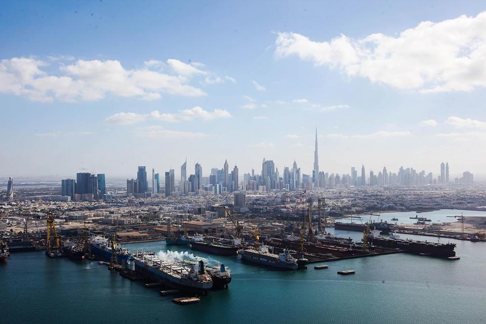 Drydocks World signs deal to build North Sea platform