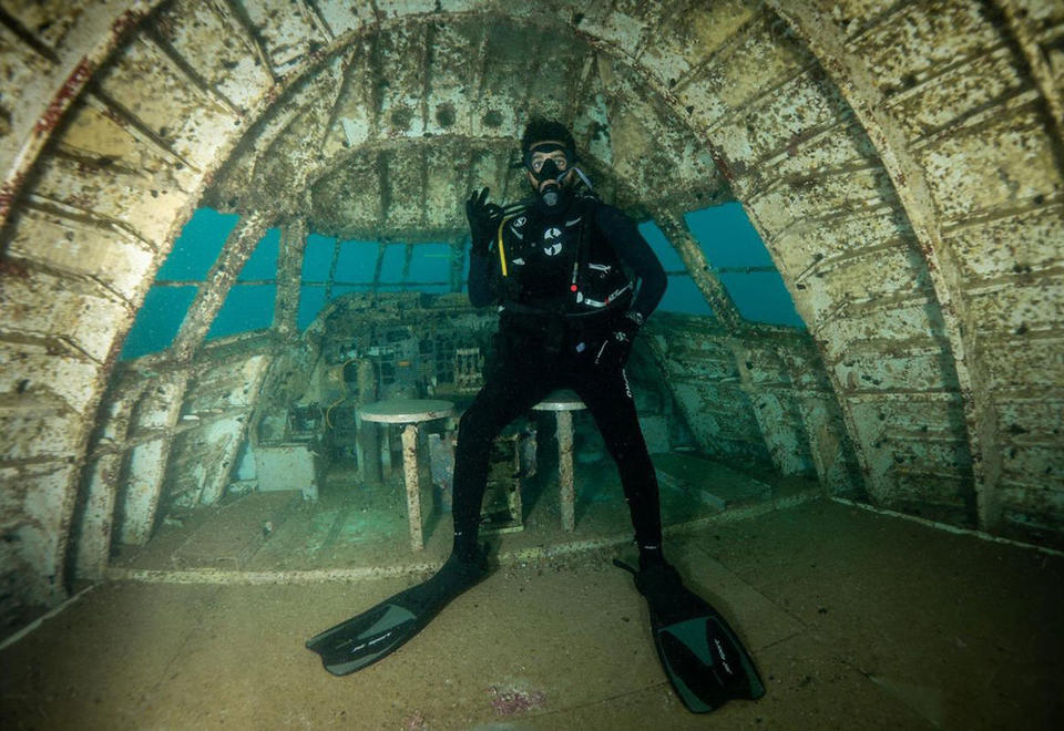 Gallery: Underwater theme park with submerged Boeing 747 opens in Bahrain