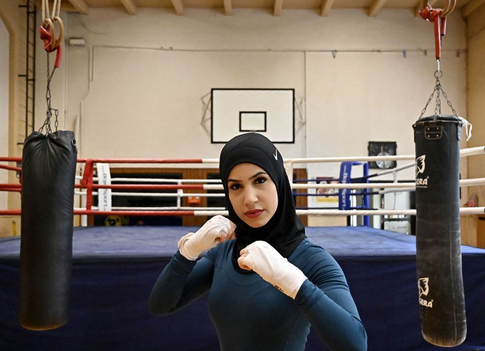 German woman boxer's fight to wear hijab in the ring