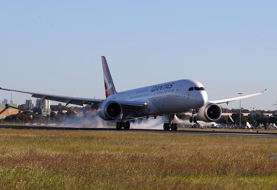 Global travel on ice until mid-2021, Qantas chief Joyce says