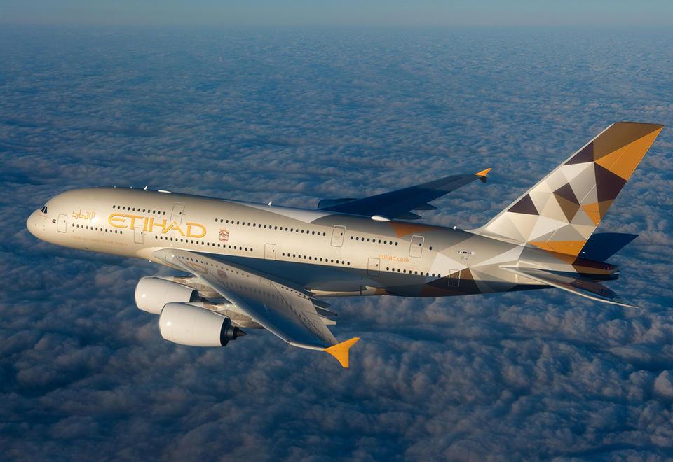 Etihad Airways suspends some China flights as virus hits demand
