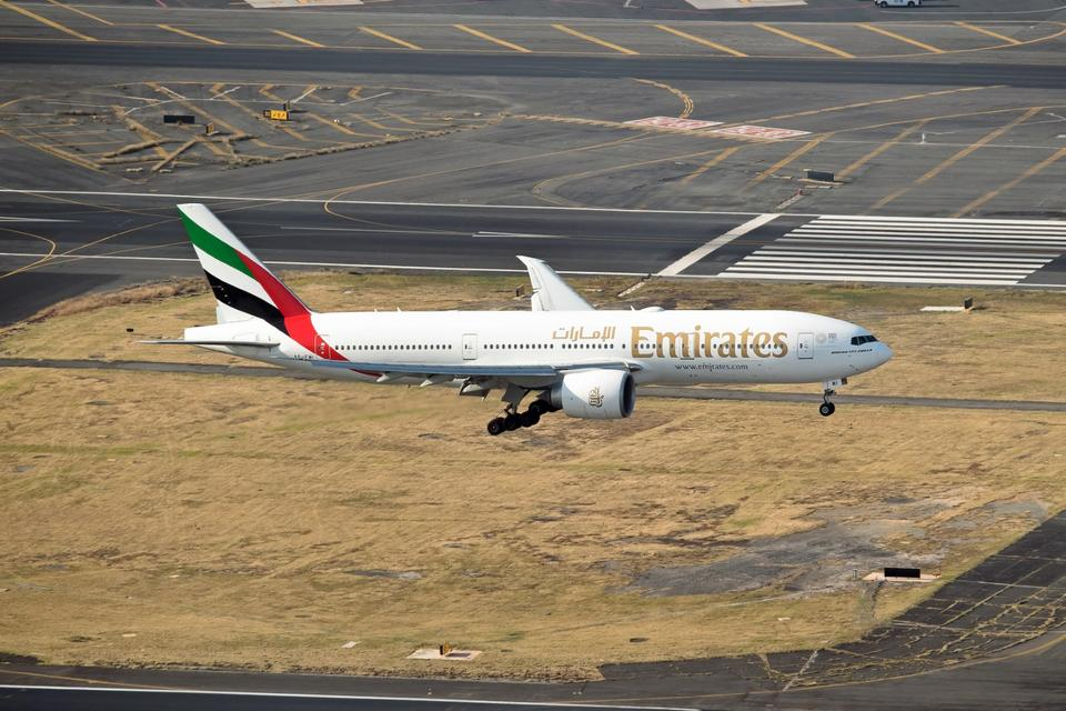 Emirates airline sees strong demand on new Mexico route over holiday period